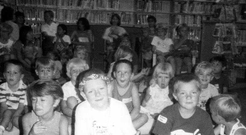 library puppet show-1980